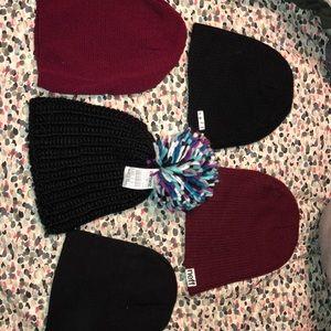 Bundle of beanie hats (5hats)